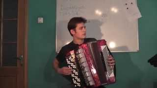 Ю.Антонов - Белый теплоход (кавер на баяне)