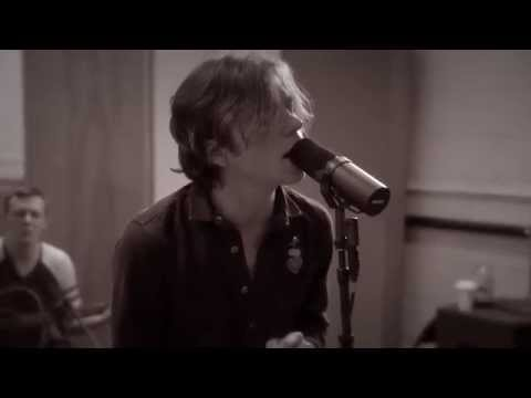 Cage The Elephant - Cigarette Daydreams | Buzzsession