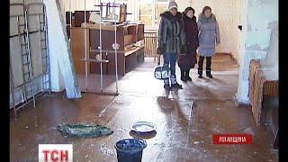 Село Золоте на Луганщині поволі приходить до тями після пережитих обстрілів(, 2016-02-04T18:21:31.000Z)