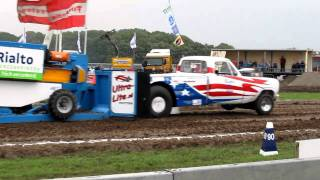 Tractor pulling Oudenhoorn 2011 Rattle and Hum 2 wheel drive