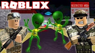 STORMING AREA 51 IN ROBLOX (ROBLOX AREA 51)