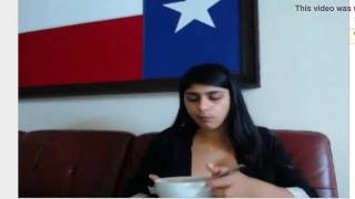 Download Video Mia khalifa hot wake up MP3 3GP MP4