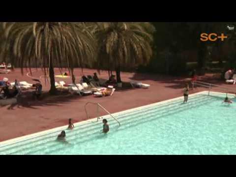 piscinas casales y campus deportivos en santa coloma de