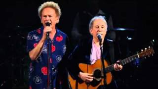Simon & Art Garfunkel - The Sound of Silence - Madison Square Garden Live Concert - 2009 - 2011.flv