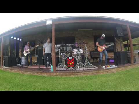 Dirty Byrds on the Farm 3