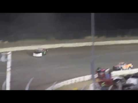 MVI 0919    CORN-HUSKER CLASSIC I 80 SPEEDWAY STOCK FEATURE 10/8/2016
