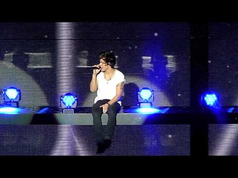 One Direction, Little things, O2 Dublin  05-03-2013 HD