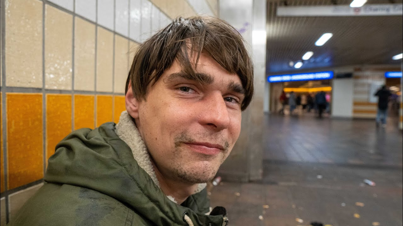Homeless Man Sleeping Rough in London After Mother Died