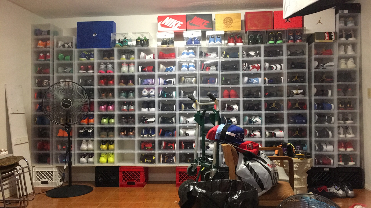 brand new 6e5d5 54e80 ... Remodeling my shoe room just added a few touches super DOPE !