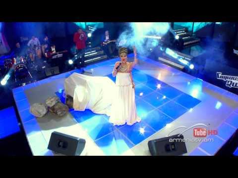 Gayane Arzumanyan, Հորովել + This Is A Men's World - The Voice Of Armenia -- Live Show 1 - Season 1