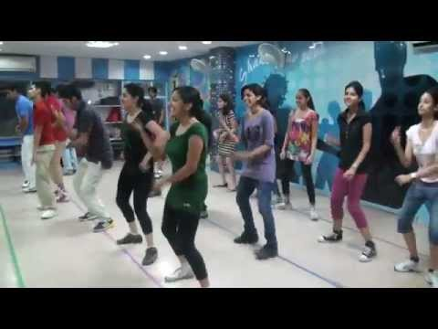 character dheela from movie ready by lotus dance academy7_30pm batch - YouTube.FLV