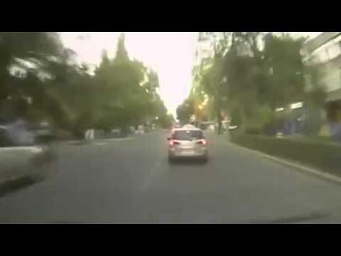 Авария ДТП Не попал в поворо