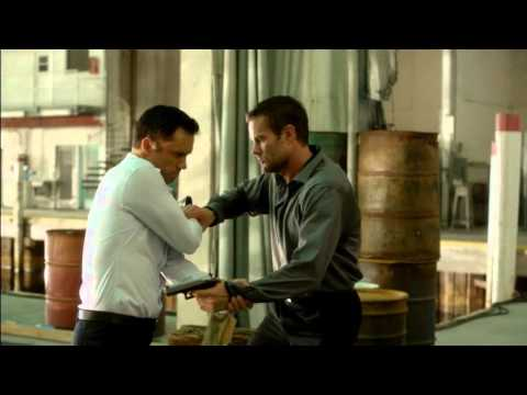 Burn Notice: Michael Westen vs Simon Escher