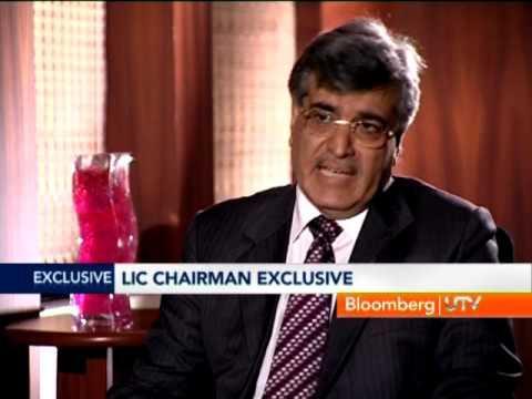 BloombergUTV Exclusive: Big Story - RIL CBMs Under Scanner, LIC On IRDA, Disinvestment Process