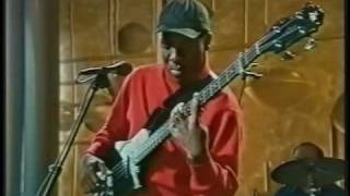Richard Bona solo bass performance