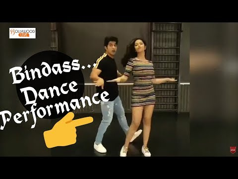 New Dance Performance Of AVIKA GOR On ' Meri Mummy Nu Pasand Naiyo Tu' | Bollywood Live