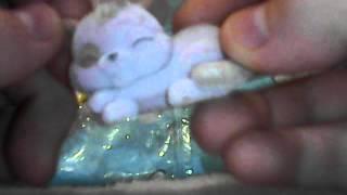 Открываем пакетик маджики котята