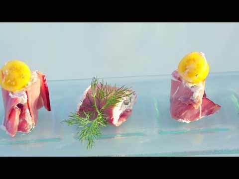 aubret-au-goût-pays,-cannellonis-de-chèvre-et-jambon-cuit-à-l'os-aubret-aux-fines-herbes-et-soja