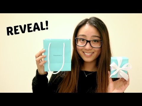 Tiffany and Co. unboxing | How to tie a Tiffany Bow
