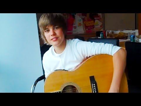Justin Bieber 2009 (15 years old)