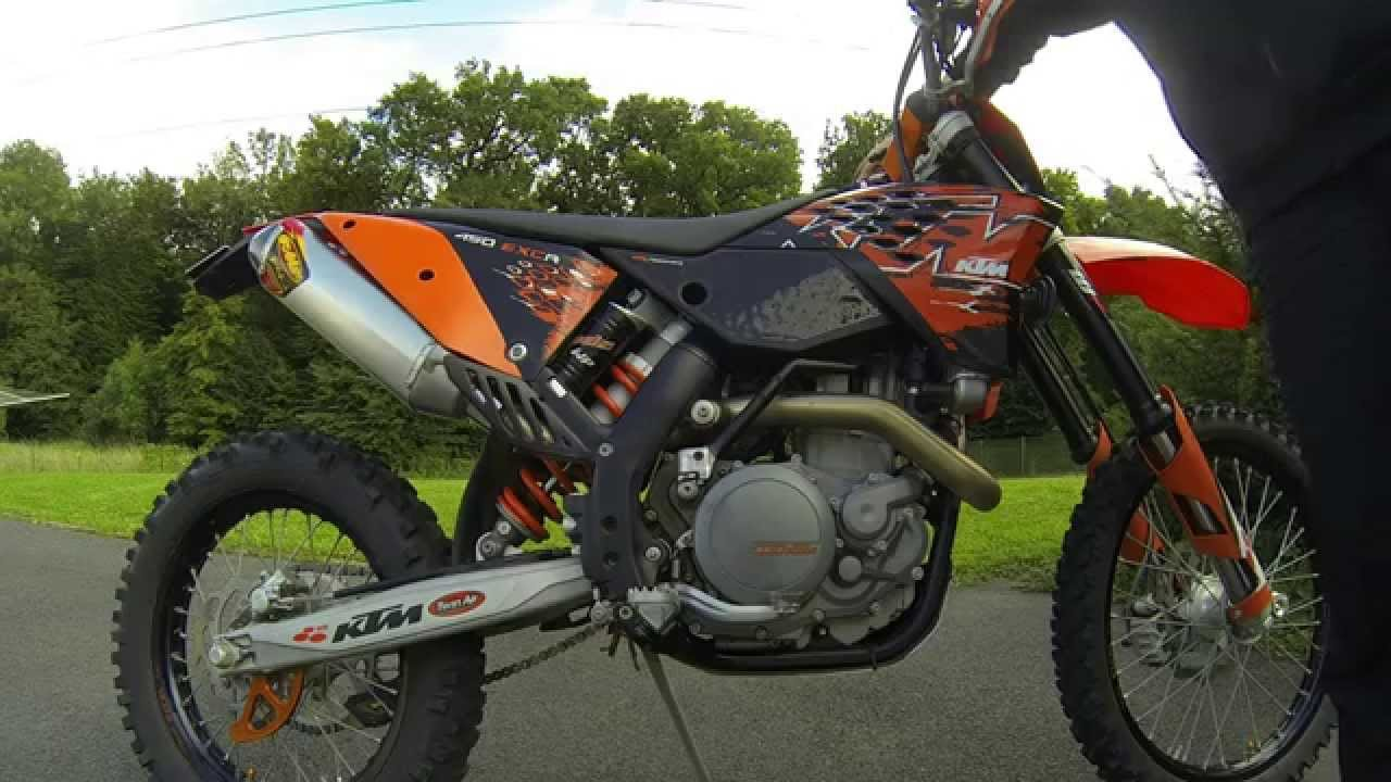 ktm 450 exc r stock exhaust vs fmf factory 4 1 vs no exhaust youtube. Black Bedroom Furniture Sets. Home Design Ideas