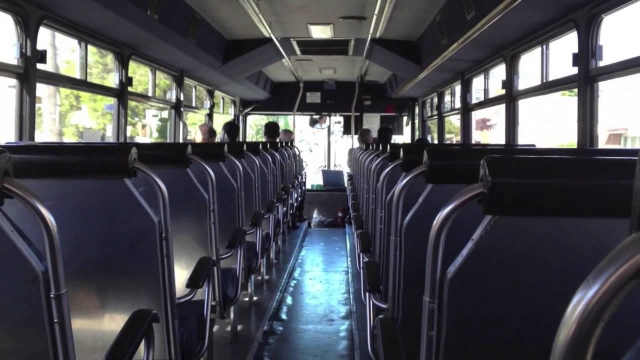 1999 Prevost H3-45 Coach Bus