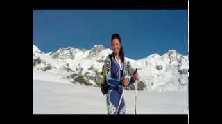 Natalia Mastrota figlia di Giorgio e Natalia Estrada sulla neve
