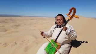 Improvisation of Mongolian Throatsinging - Batzorig Vaanchig