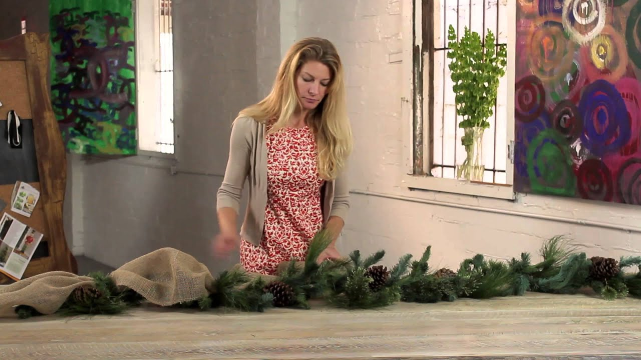 how to decorate christmas garland with ribbon holiday decorations youtube. Black Bedroom Furniture Sets. Home Design Ideas