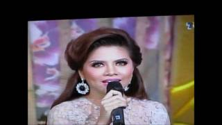 Video Alyah-Kisah Hati (Sampaikan MerdekaRaya 2011).- Live download MP3, 3GP, MP4, WEBM, AVI, FLV Juli 2018