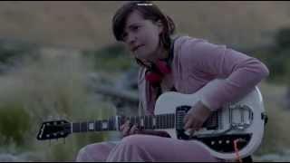 Top of the Lake guitar scene