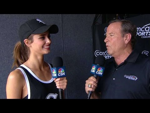 TB@CWS: Taylor Hill on her first pitch, Pink MLB line