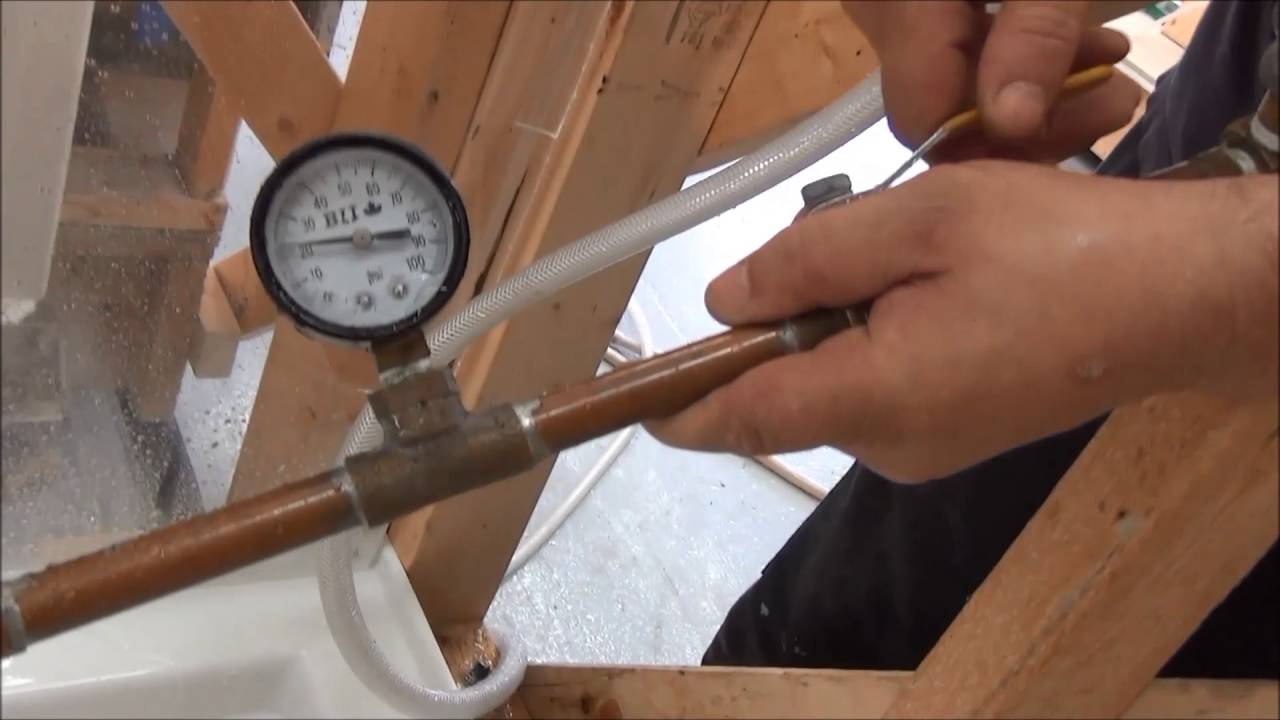 Water tightness testing: MAAX ModulR Combo WITHOUT SILICONE - YouTube