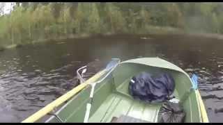 Жесть. Щука перевернула човен. Щука потопила човен.