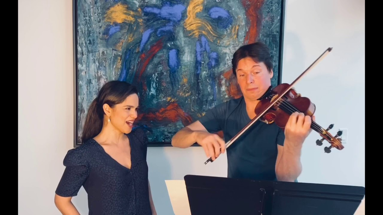 Soprano Larissa Martinez (with Violinist Joshua Bell) singing Manuel Ponce's ballad - Estrellita