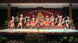 Tarian Maluku Kabaresi  KHARISMA NUSANTARA