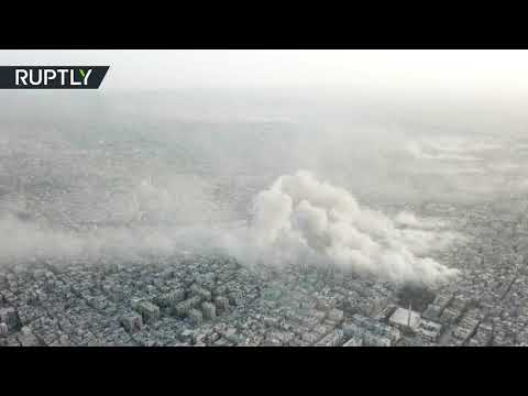 من مشهد علوي.. لحظة قصف الجيش السوري مواقع -داعش- في مخيم اليرموك
