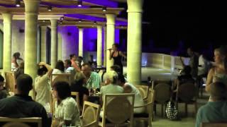 Живая музыка в отеле(, 2011-07-29T16:34:16.000Z)
