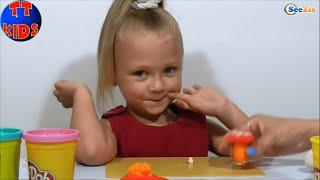 Play Doh Плей До Маленькая девочка Ярослава Животные из Пластилина Play Doh Серия 9