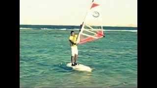 Мои первые уроки виндсерфинга Египет 2011.wmv
