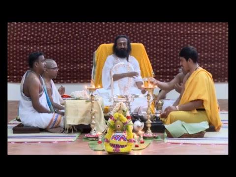 Glimpse of Navratri 2017 (Day 3) with Gurudev Sri Sri Ravi Shankar