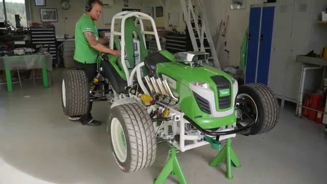 Lawn Mower Racing >> Worlds fastest lawn mower - Verdens raskeste gressklipper - YouTube