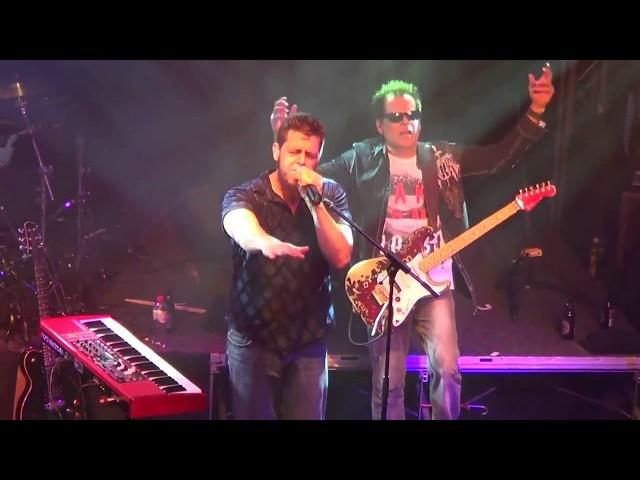 Spock's Beard  - Walking On The Wind (live) with Collin Leijenaar on drums