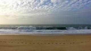 аТЛАНТИЧЕСКИЙ ОКЕАН в действии! Назаре - самые большие волны в мире!
