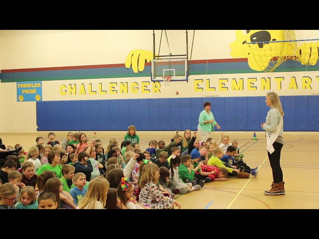Miss TRF speaks with second graders