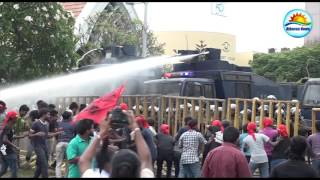 The police used tear gas in the kollupitiya Protest