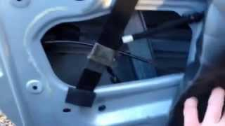 Peugeot 307 cabriolet electric window fix(Peugeot 307 Cabriolet Passenger window was going up and down Intermittently, this was caused by a faulty door handle sensor. The following video clip ..., 2014-12-28T17:22:11.000Z)