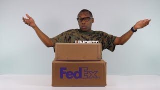 Baixar Double UNBOXING: A SNEAKER Icon and x a GIFT From Dwyane Wade