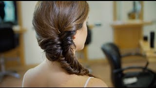 Step-by-Step Guide to a Fishtail Plait Thumbnail