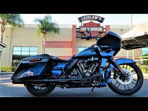 2019 CVO Road Glide (FLTRXSE) │ First Test Ride and Full Review